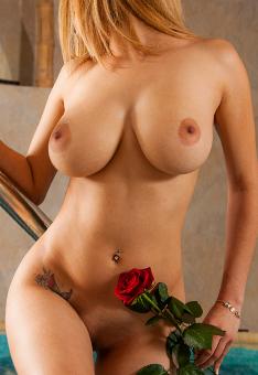 Gaby Valentina
